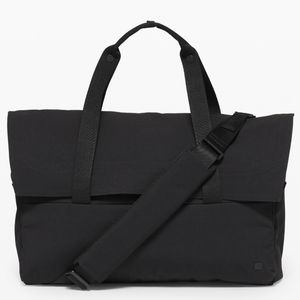 Lululemon Early Embark Duffle